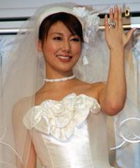 2007年安めぐみの画像.png