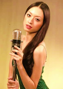 2008年24才の栗山千明の画像.png