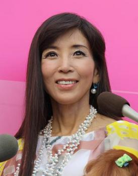 2015年4月川島なお美の整形画像.png
