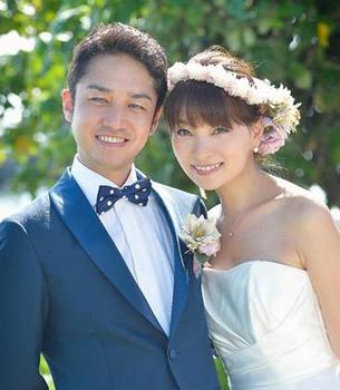 保田圭の結婚式の画像.png
