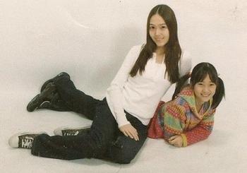 少女時代ジェシカとクリスタルの画像.png
