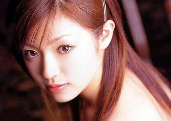 深田恭子の整形2001年の写真集画像.png