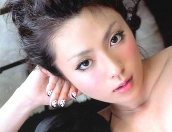 深田恭子の整形2009年写真集画像.png