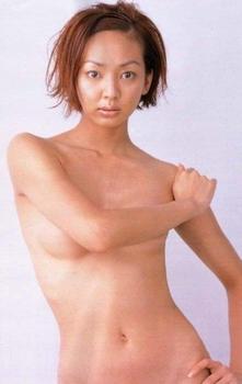 神田うののヌード画像.png