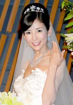 2009年川島なお美の披露宴画像.png