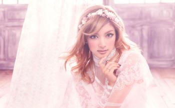 ローラのキレイな画像.png