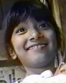 ローラの子供時代の画像.png