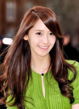 少女時代ユナの艶髪画像.png
