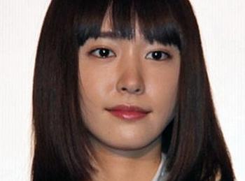 新垣結衣の2013年リーガルハイ画像.png