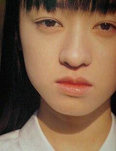 栗山千明1999年15歳写真集.png