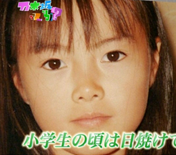 白石麻衣の小学生時代の画像.png